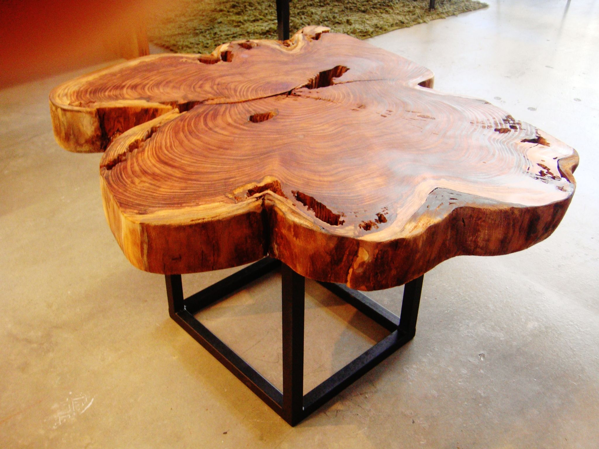 California Redwood Round Coffee Table   Image 2 Of 5