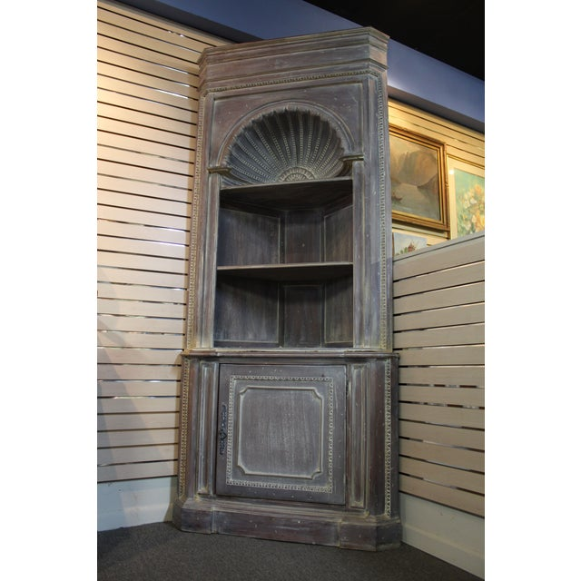 Country French Distressed Corner Cabinet - Image 2 of 11
