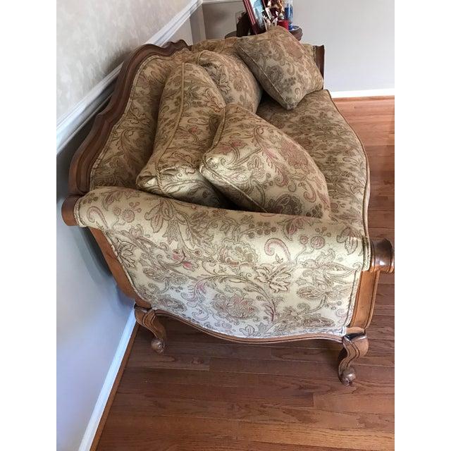 "Ethan Allen ""Evette"" Upholstered Settee - Image 6 of 8"
