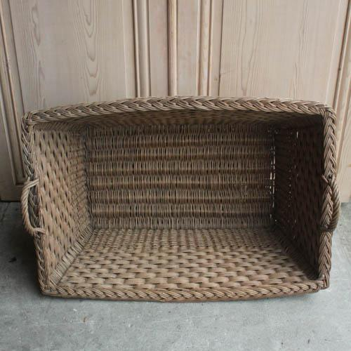 Vintage French Laundry Day Basket - Image 5 of 7