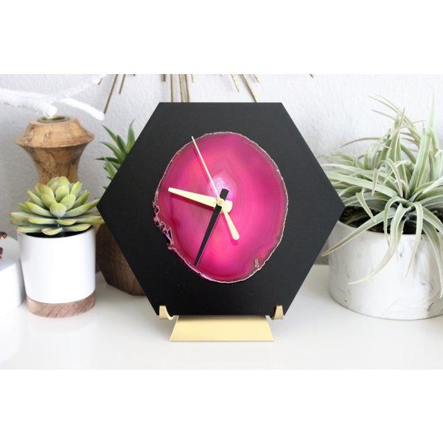 Modern Pink/Black SoLo Agate Hex Desk Clock - Image 3 of 8