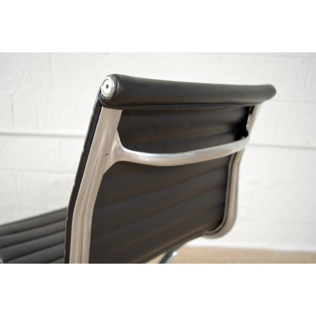 Original Eames for Herman Miller Aluminum Group Side Chair - Image 9 of 11