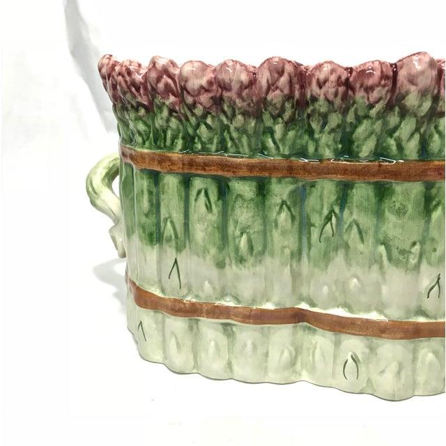 Portuguese Majolica Ceramic Asparagus Handled Container - Image 5 of 8