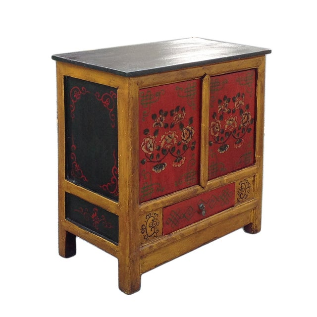 Chinese Yellow Red Floral Graphic Table Cabinet - Image 3 of 5