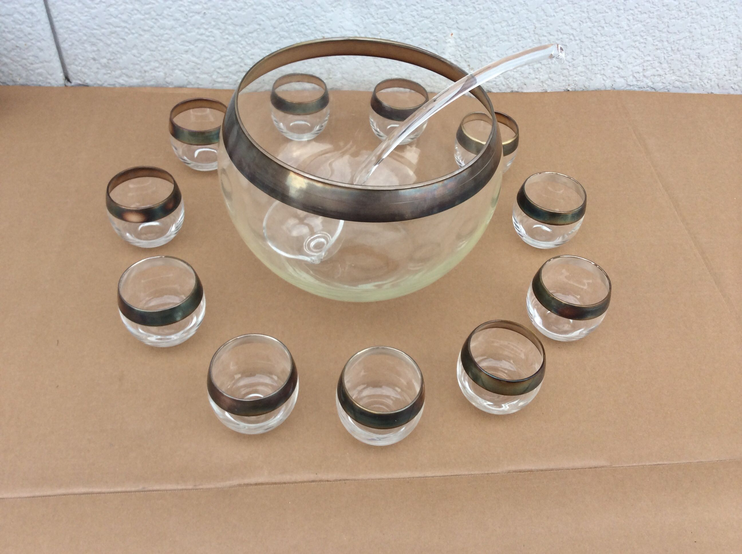 Image of Mid-Century Modern Dorothy Thorpe Punch Bowl Set