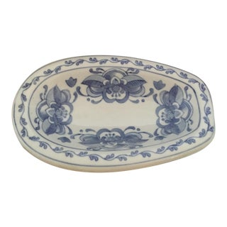 Traditional Chinoiserie Blue and White Asian Soap Dish Holder