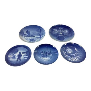Porcelain Hjem Til Jul Plates - Set of 5