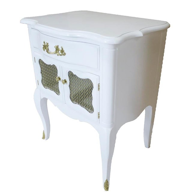 White French-Style Nightstands, Pair - Image 2 of 6