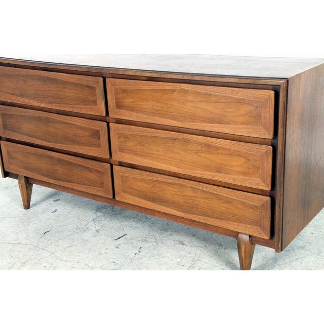 Image of Vintage American of Martinsville Mid-Century Dresser