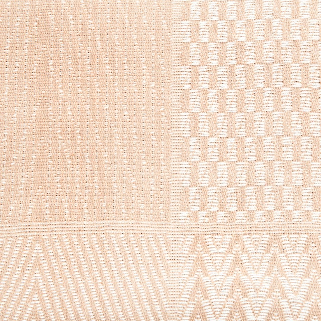 Hand-Loom Bhagalpur Bed Cover - Image 2 of 3