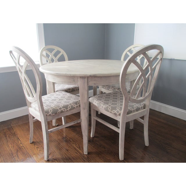 Contemporary Round White Dining Set - Image 2 of 9