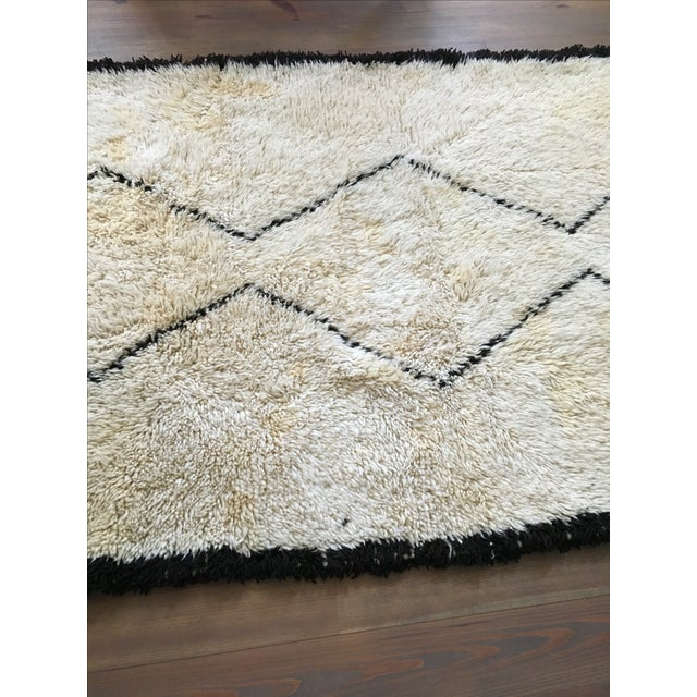 Vintage Moroccan Beni Ourain Rug - 4′4″ × 6′7″ - Image 4 of 8