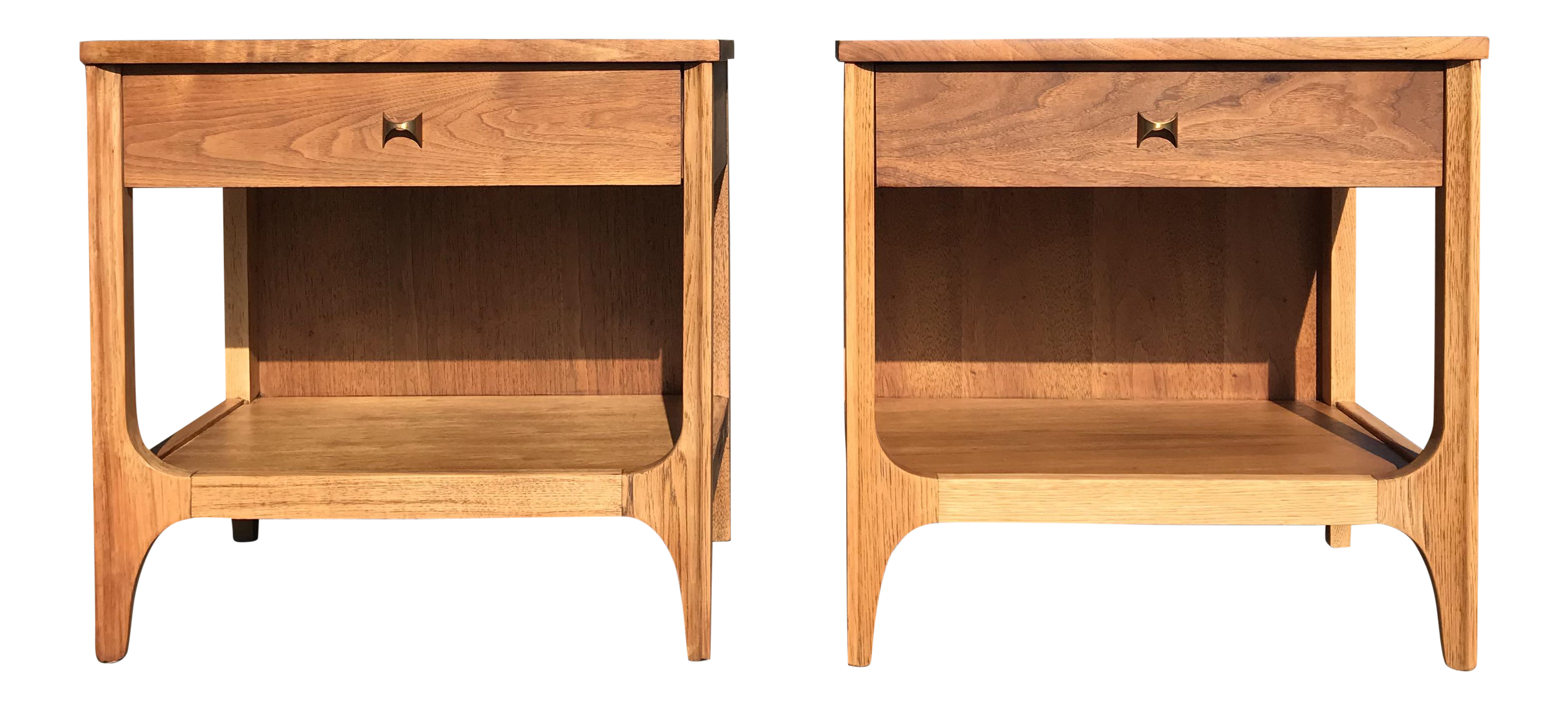 Broyhill Brasilia Mid Century Nighstands   A Pair