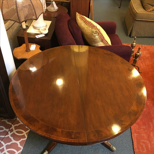 Old Colony Mahogany Pedestal Dining Table & Leaves - Image 4 of 11