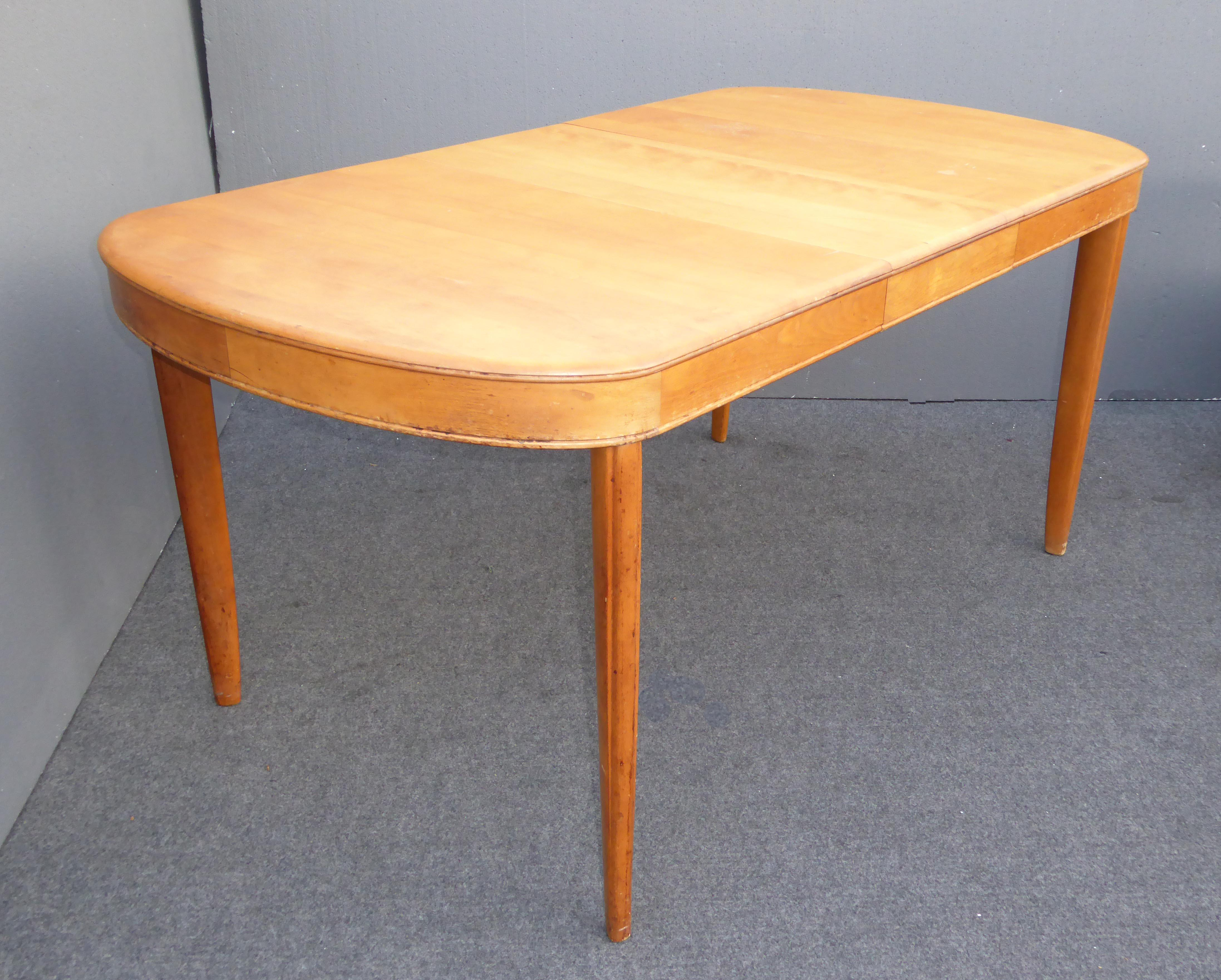 Vintage Heywood Wakefield Danish Modern Dining Table  : 6834fb40 128e 4ccf be5c 0ff539729d4daspectfitampwidth640ampheight640 from www.chairish.com size 640 x 640 jpeg 45kB