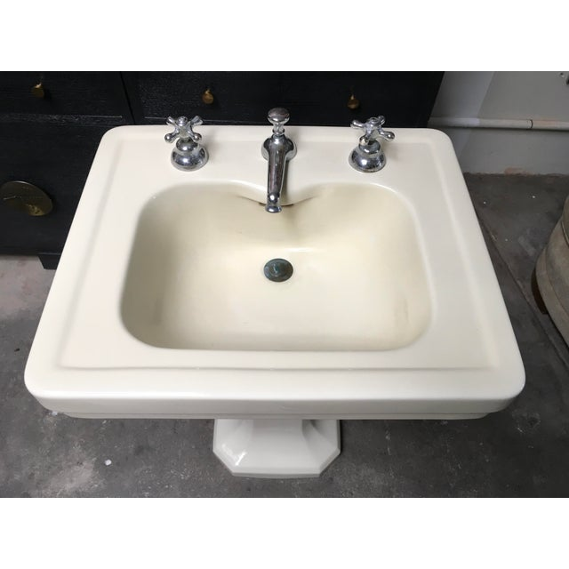 American Standard Antique Art Deco Pedestal Sink - Image 3 of 11