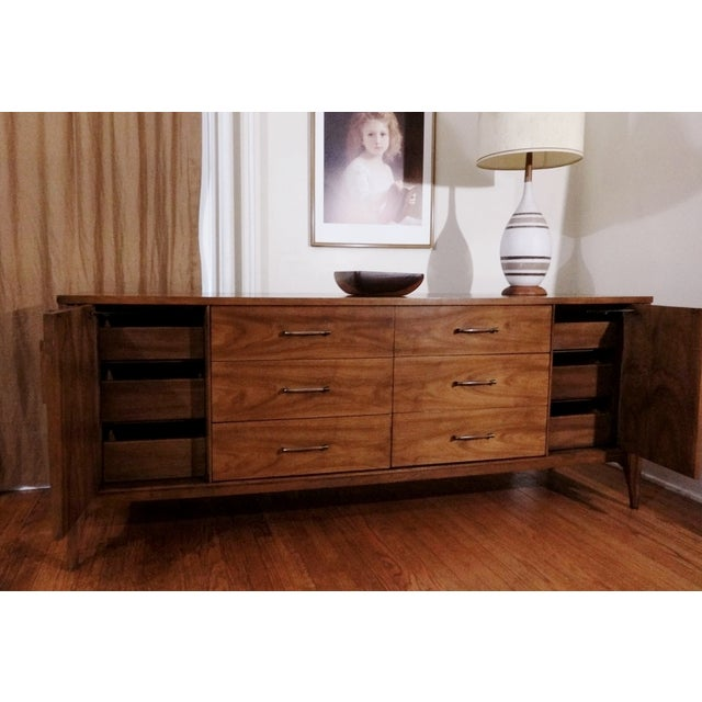 Mid Century Kent Coffey Perspecta Long Dresser - Image 5 of 6