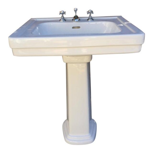 Traditional Toto Promenade Pedestal Sink - Image 1 of 5