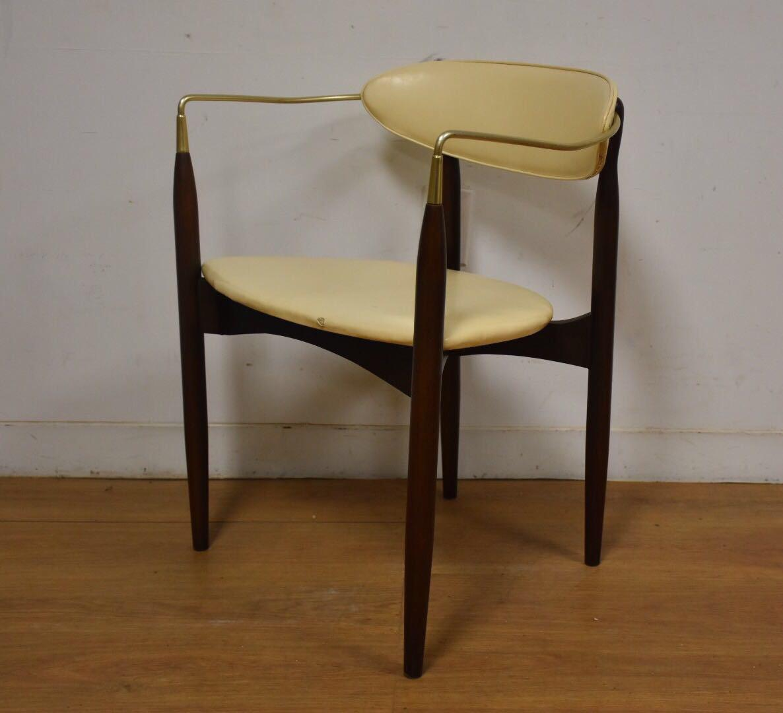 Dan Johnson Beechwood and Off-White Vinyl Viscount Chair - Image 8 of 10