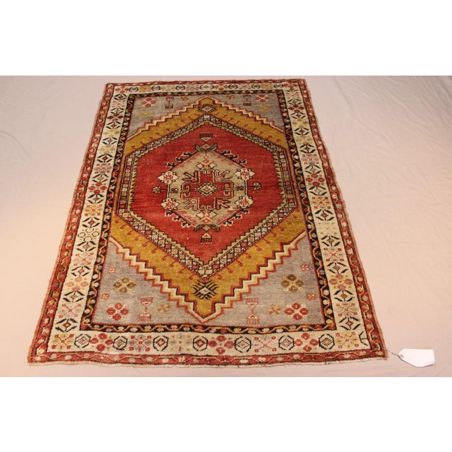 Vintage Turkish Woven Rug - 3'2'' x 4'7'' - Image 2 of 7