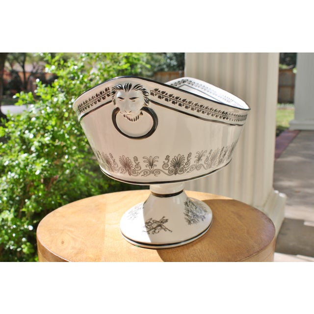 Vintage Toile Mottahedeh Tureen - Image 3 of 7