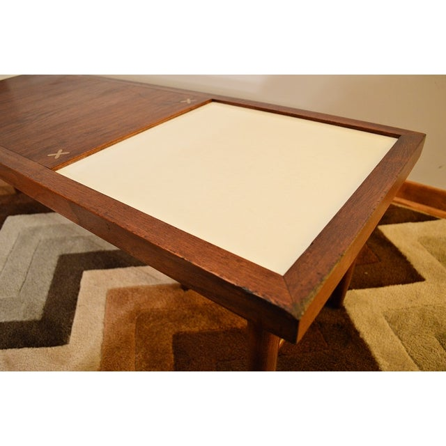 Image of Mid Century American of Martinsville Coffee Table
