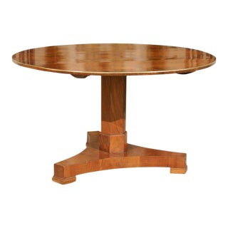 French Circular Walnut Pedestal Dining Table with Brass Trim from the 1870s