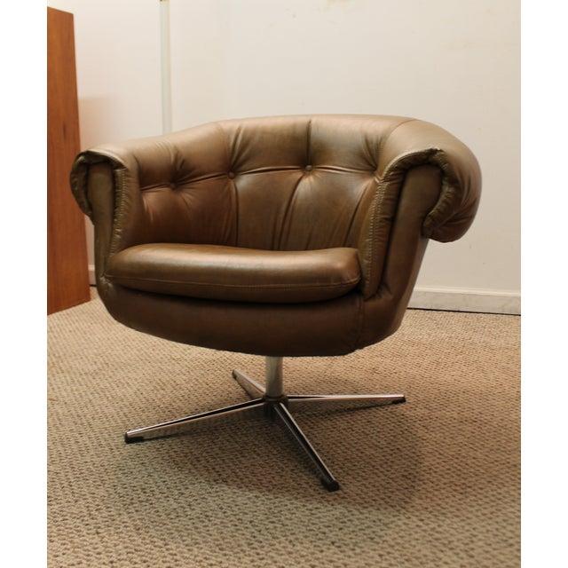 mid century modern overman style swivel chair chairish. Black Bedroom Furniture Sets. Home Design Ideas