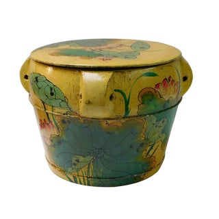Chinese Round Lotus Flower Wood Container