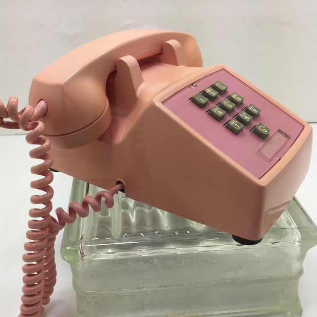 Image of Western Electric 1960s Pink 1500 Telephone