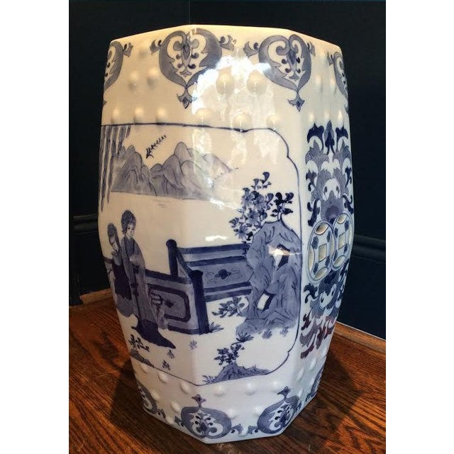 Chinoiserie Blue and White 8 Sided Garden Stool - Image 3 of 4