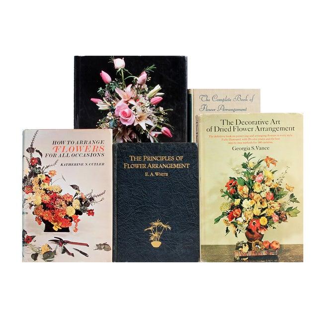 Image of Flower Arrangement Library - Set of 16
