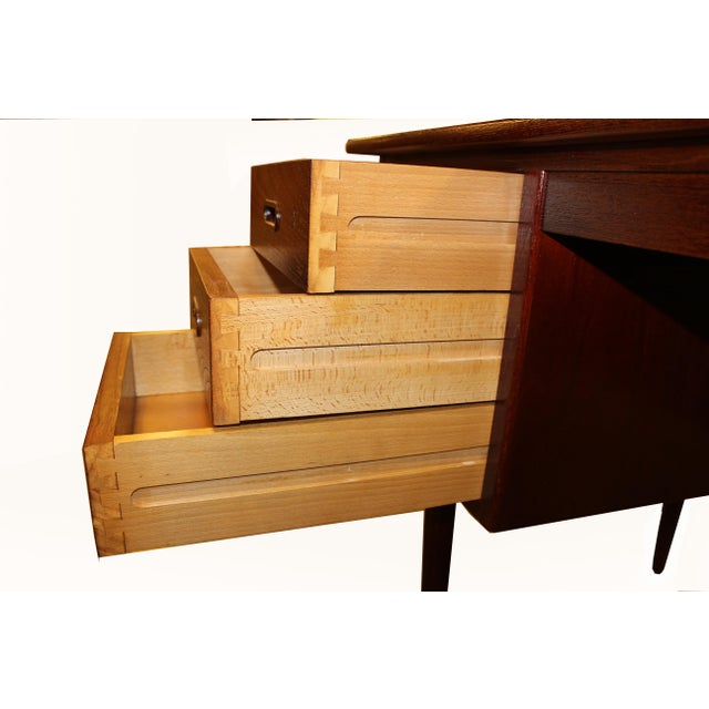 1960s Danish Mid-Century Rosewood Desk with Curved Top - Image 5 of 8