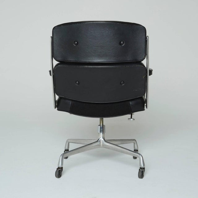 Time Life Executive Office Chair by Charles Eames - Image 5 of 9