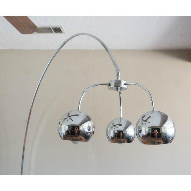 vintage chrome arc floor lamp chairish. Black Bedroom Furniture Sets. Home Design Ideas
