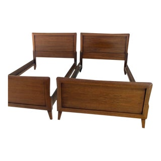Pair of Heritage Henredon Twin Beds