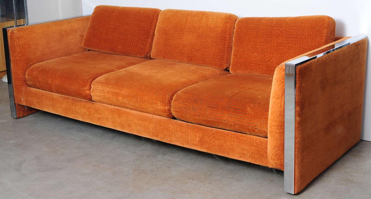 Mid Century Modern Orange Velvet Milo Baughman Sofa Chairish : mid century modern orange velvet milo baughman sofa 0964aspectfitampwidth640ampheight640 from www.chairish.com size 640 x 640 jpeg 37kB