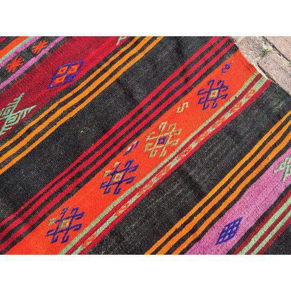 Vintage Handwoven Kilim Rug - 6′6″ × 9′4″ - Image 5 of 6
