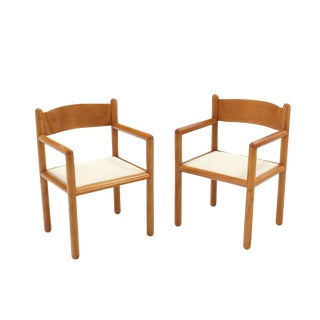 Set of Six Mid-Century Modern Chairs with Sculpted Plywood Back