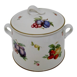 Wedgwood 3-Qt. Covered Casserole