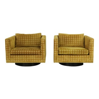 Harvey Probber Mid-Century Swivel Club Chairs - A Pair
