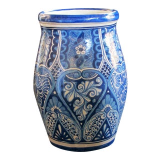 A large Mexican hand-thrown blue and white glazed barrel-form pot from Talavera Vazquez