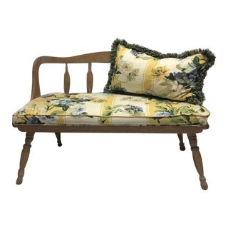 Vintage American Colonial Bench