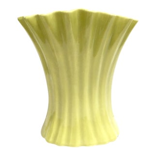 Large chartreuse vintage pottery vase by Bauer USA