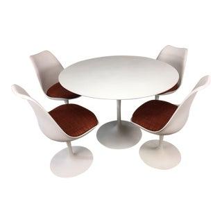 Eero Saarinen Tulip Dining Table & 4 Tulip Chairs Set