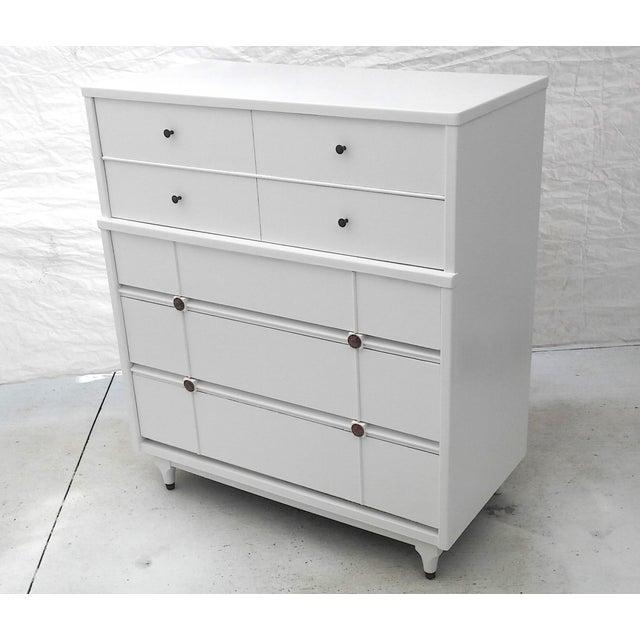 kroehler mid century white tall dresser chairish. Black Bedroom Furniture Sets. Home Design Ideas