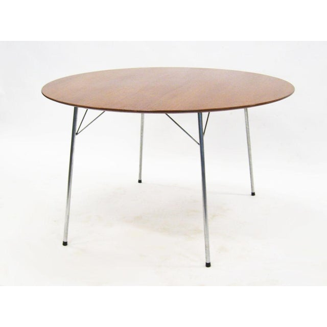 Model 3600 dining table by Arne Jacobsen for Fritz Hansen - Image 7 of 7