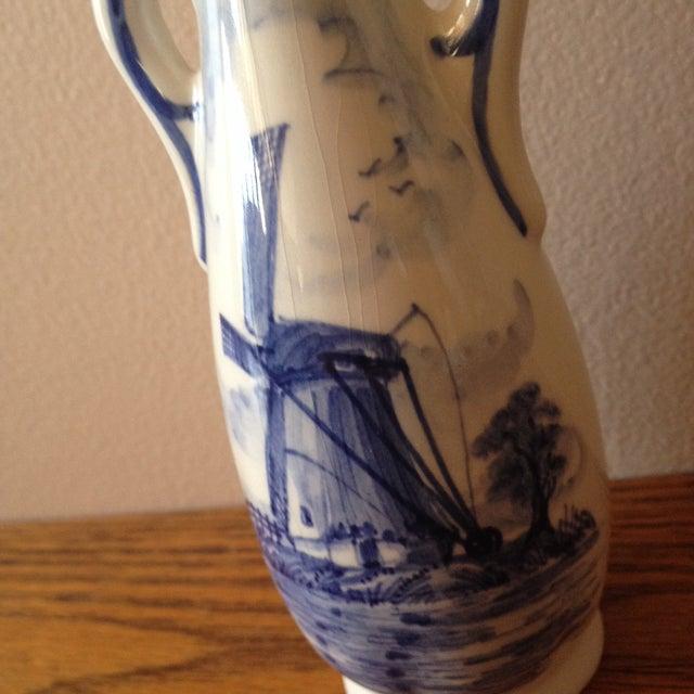 Blue Delft Vintage Floral Vase - Image 4 of 8