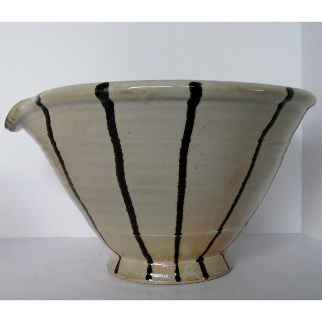 Artisan Pottery Mixing Bowl - Image 3 of 6