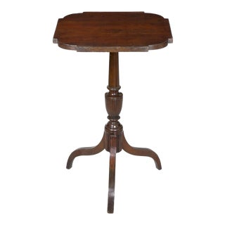 Federal Mahogany Tripod Table